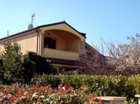 Agenzia Immobiliare Caporalini - Villa - Annuncio SS650 - Foto: 0