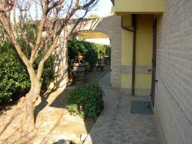 Agenzia Immobiliare Caporalini - Villa - Annuncio SS650 - Foto: 12