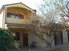 Agenzia Immobiliare Caporalini - Villa - Annuncio SS650 - Foto: 2