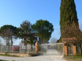 Immobiliare Caporalini real-estate agency - Semi-detached house - Ad SS651 - Picture: 9