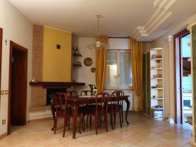 Immobiliare Caporalini real-estate agency - House - Ad SS633 - Picture: 2