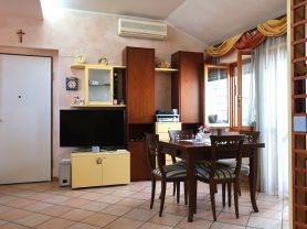 Agenzia Immobiliare Caporalini - Attico - Annuncio SS657 - Foto: 2
