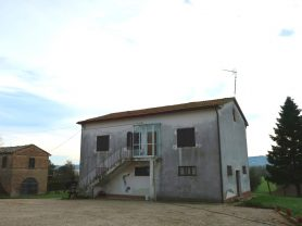 Agenzia Immobiliare Caporalini - Casa colonica - Annuncio SS668 - Foto: 2