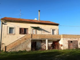 Immobiliare Caporalini real-estate agency - Farmhouse or Country House - Ad SS680 - Picture: 1