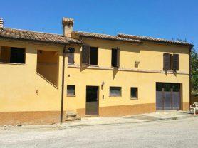 Agenzia Immobiliare Caporalini - Casa colonica - Annuncio SS677 - Foto: 1
