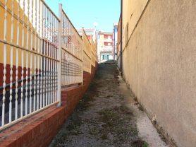 Agenzia Immobiliare Caporalini - Casa singola - Annuncio SS690 - Foto: 2