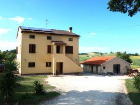 Agenzia Immobiliare Caporalini - Casa colonica - Annuncio SS699 - Foto: 1