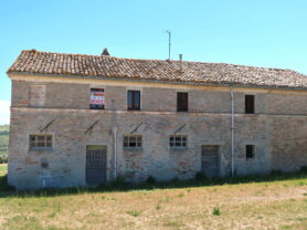 Agenzia Immobiliare Caporalini - Casa colonica - Annuncio SR590 - Foto: 1