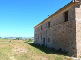 Agenzia Immobiliare Caporalini - Casa colonica - Annuncio SR590 - Foto: 3