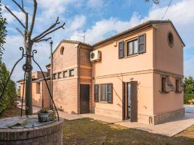 Immobiliare Caporalini real-estate agency - Farmhouse or Country House - Ad SS621 - Picture: 5